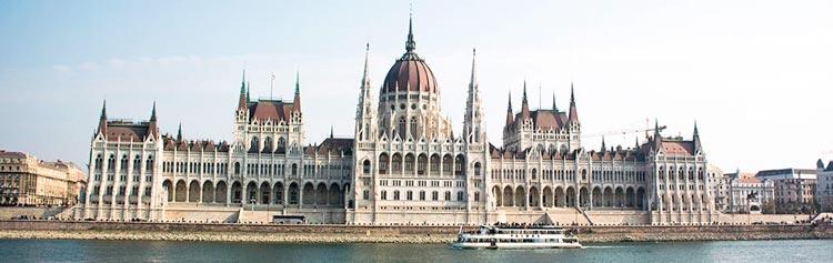 bezienswaardigheden boedapest hongaars parlementsgebouw