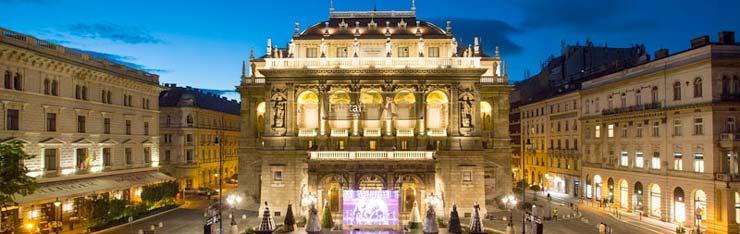 operagebouw boedapest