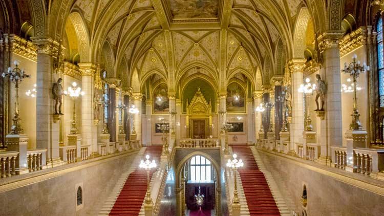 tour hongaars parlementsgebouw
