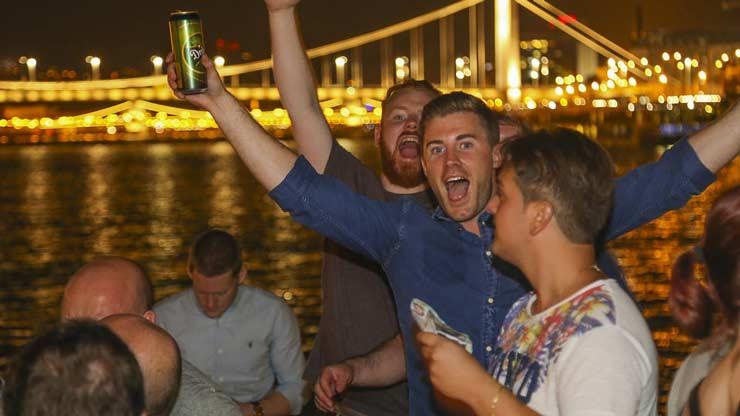 vrijgezellenfeest op boot in Boedapest